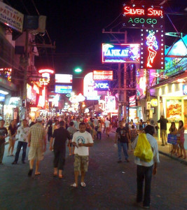 Walking_Street,_Pattaya,_Thailand