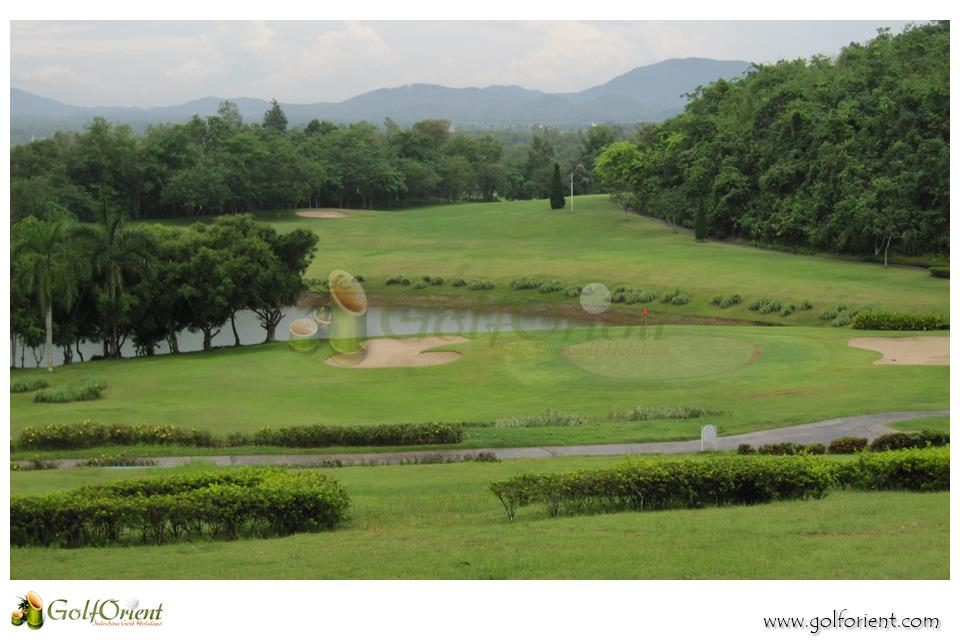 chiangrai-golfcourse-waterford-valley-golf-club-resort-05