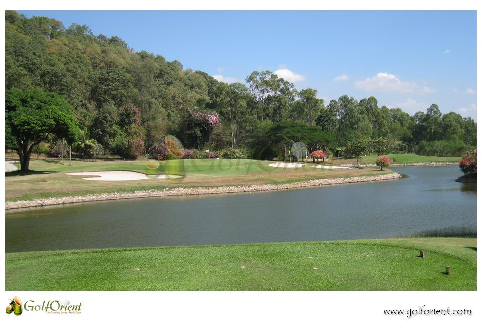 pattaya-golfcourse-Bangpra-International-golf-club-15